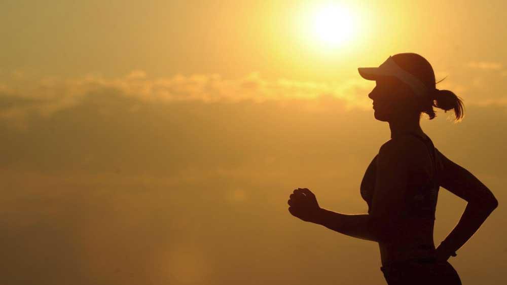 背中の汗をかかない方法 大量の汗対策におすすめはこれ! 2